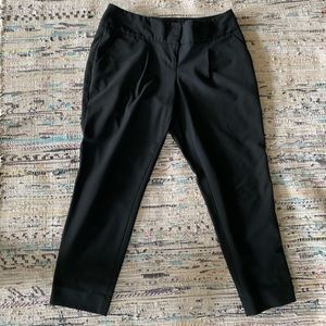 The Limited Crop Pant
